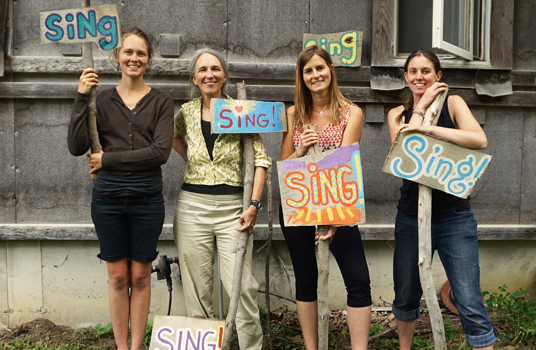 The Benefits of Group Singing